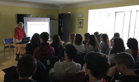 Els alumnes de 3r ESO visiten la Residència de la Gent Gran