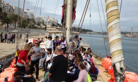 Los QUINTOS visitan el barco ASTRAL
