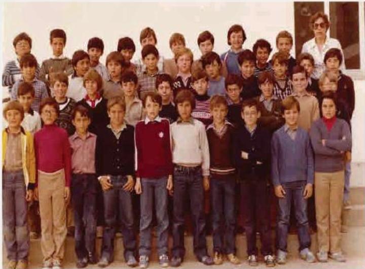 Fotografía alumnos 5º primaria 1981