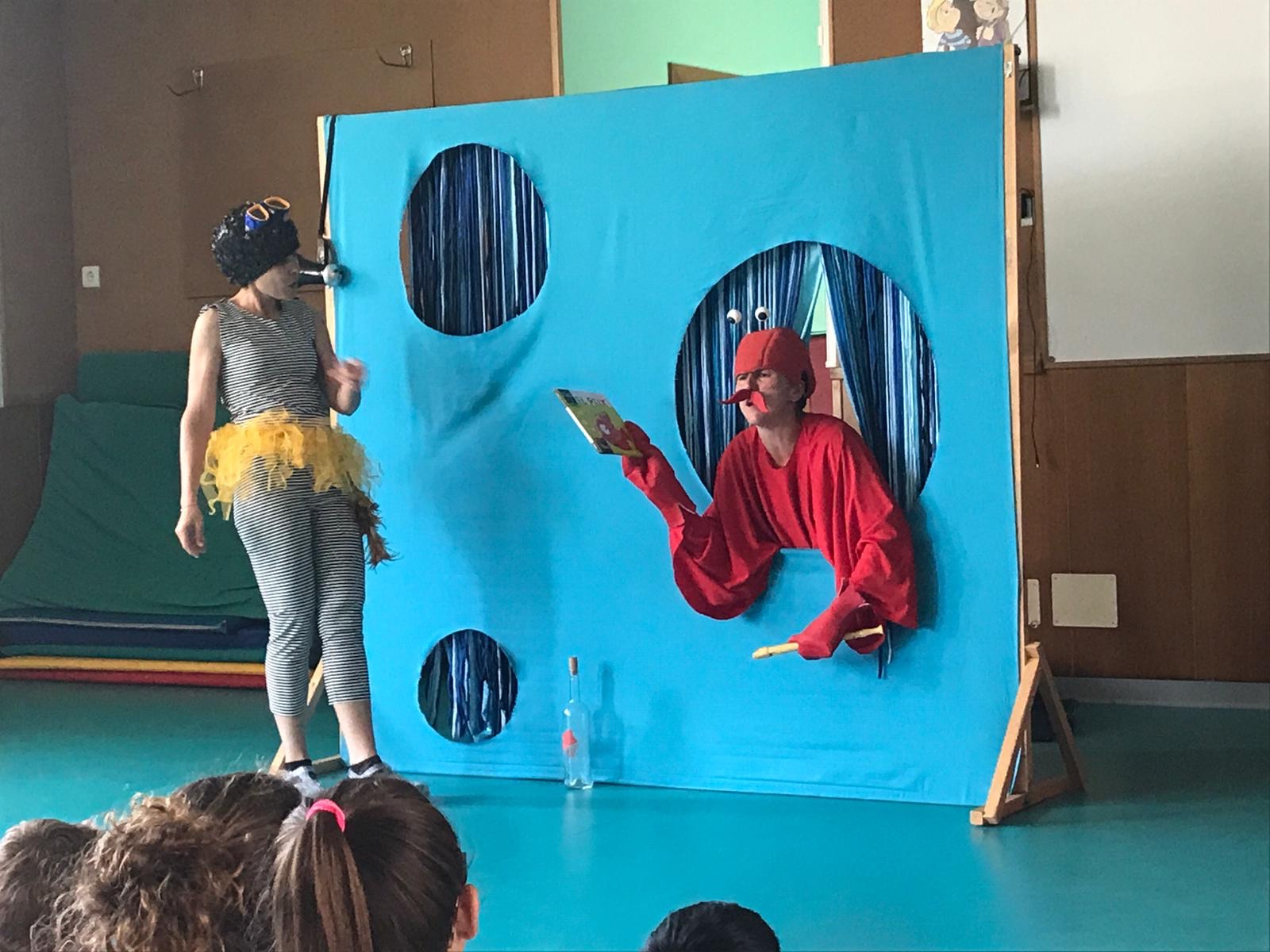 Teatre a l'escola: Animalades submarines